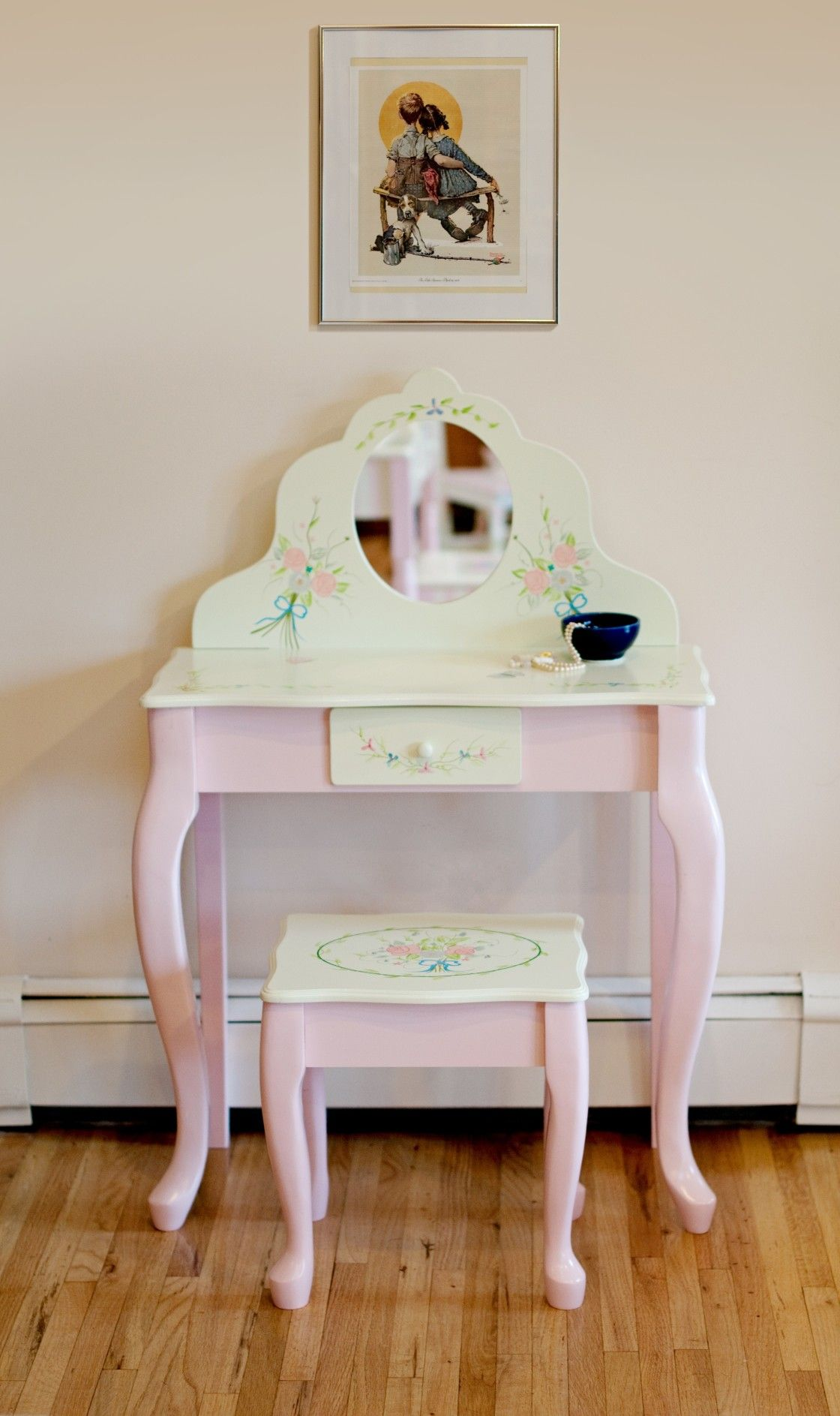 Beautiful Furniture Ideas Of Kids Girls Vanity Set Design
