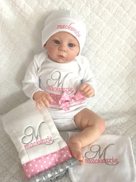 Personalized Newborn Baby Gift Set - Bodysuit 01867e7a10ba