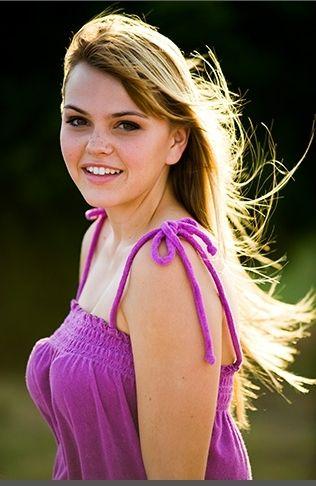 Aimee Teegarden -- Sleekness . . .   Aimee teegarden