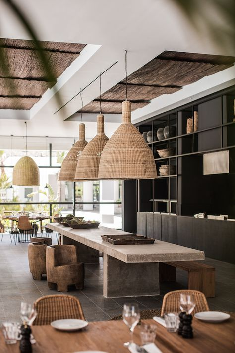 Upgrade your Kitchen Lighting with Mid-Century Lamps #contemporarykitcheninterior