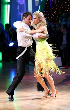 Erin and max dancing with the stars hookup