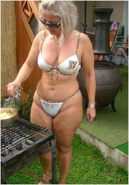 Ex girlfriend revenge nude pictures
