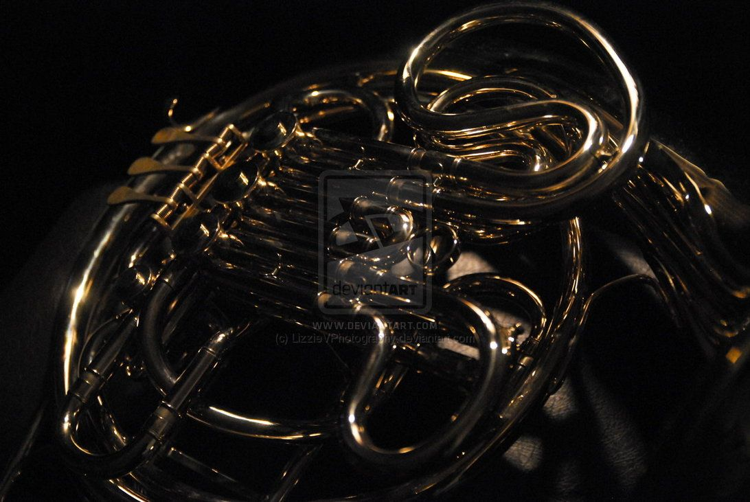 French Horn Wallpaper Into horn french at repixlikeview ...