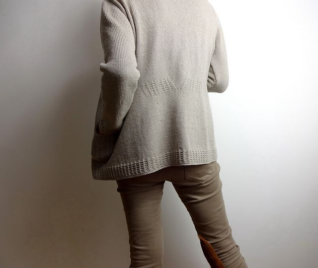Comfortable to knit and comfortable to wear, Home Base is the perfectly timeless every-day cardigan!
