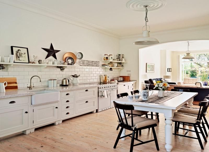 Cream Country Kitchen With Barn Star And Industrial Style Pendant Lights