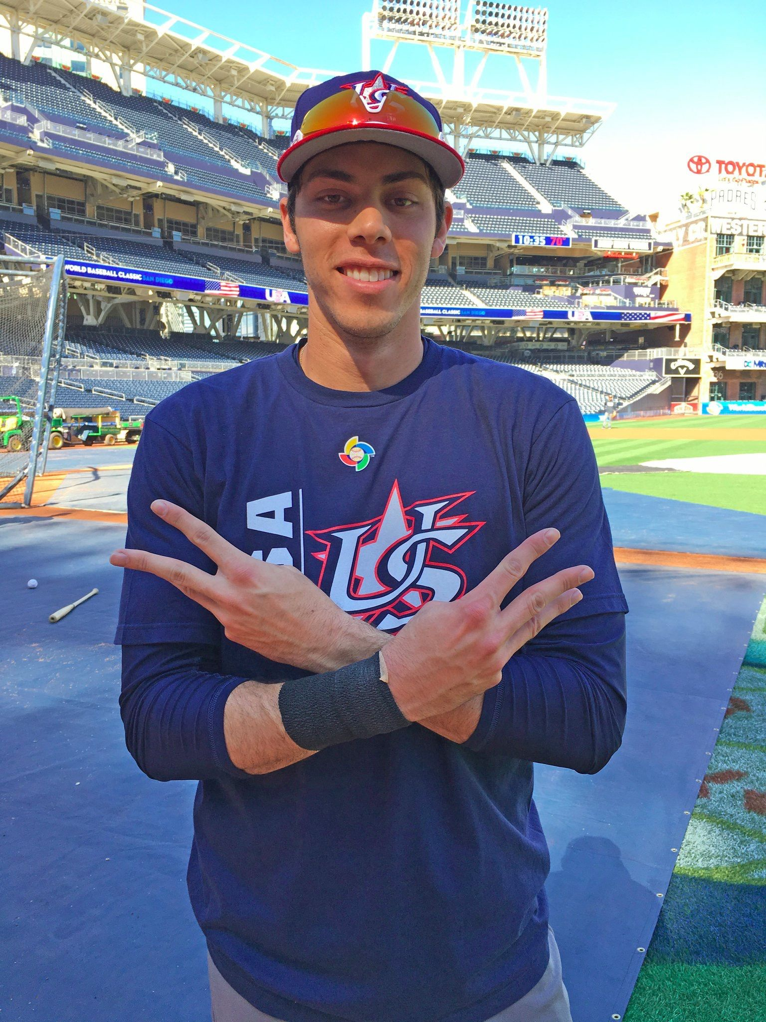 Pin by Chaise Powers on Baseballlllll   Christian yelich ...