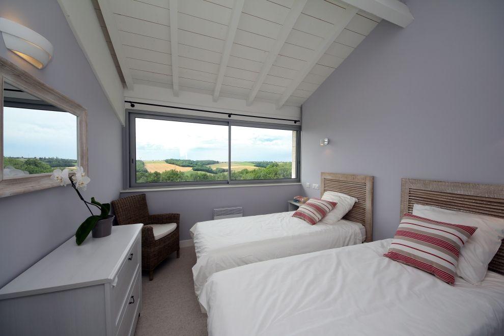 Fen tre panoramique chambre et douche les chambres for Prix fenetre panoramique