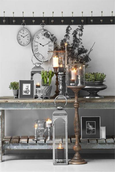 industrial side table and candles stuen klassisk lene bjerre home decor pinterest. Black Bedroom Furniture Sets. Home Design Ideas