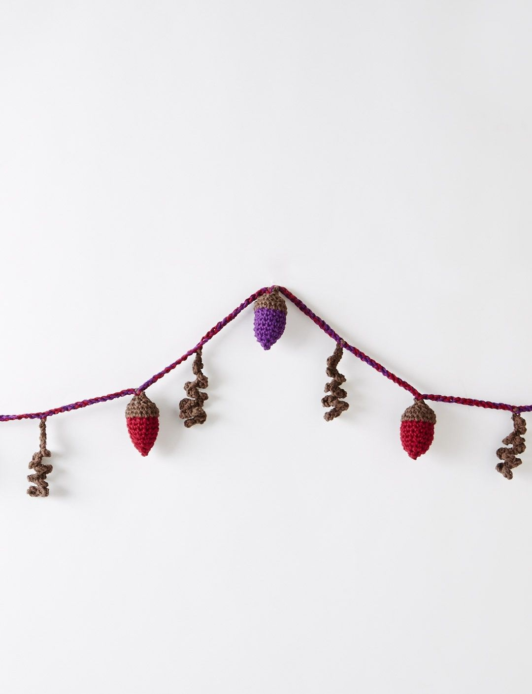 Yarnspirations.com - Bernat Autumn Acorns Garland - Patterns ...