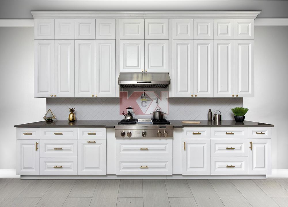 Classic White Kitchen Cabinets Classic White Kitchen Classic Kitchen Design Kitchen Style