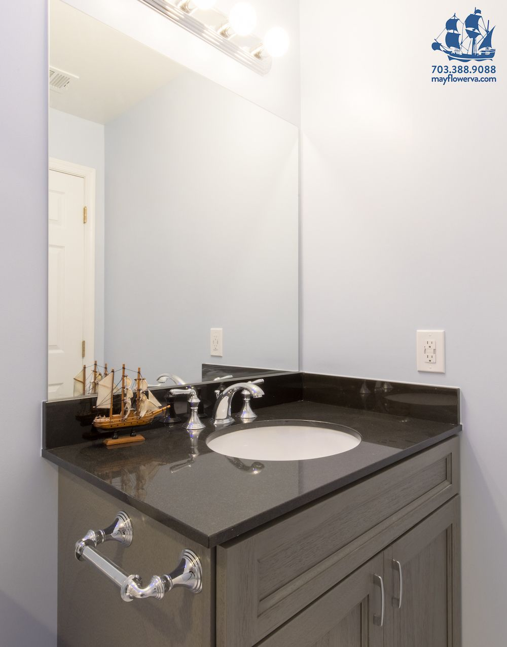 Best Vanity Forevermark Cabinetry Color – Midtown Gray 400 x 300