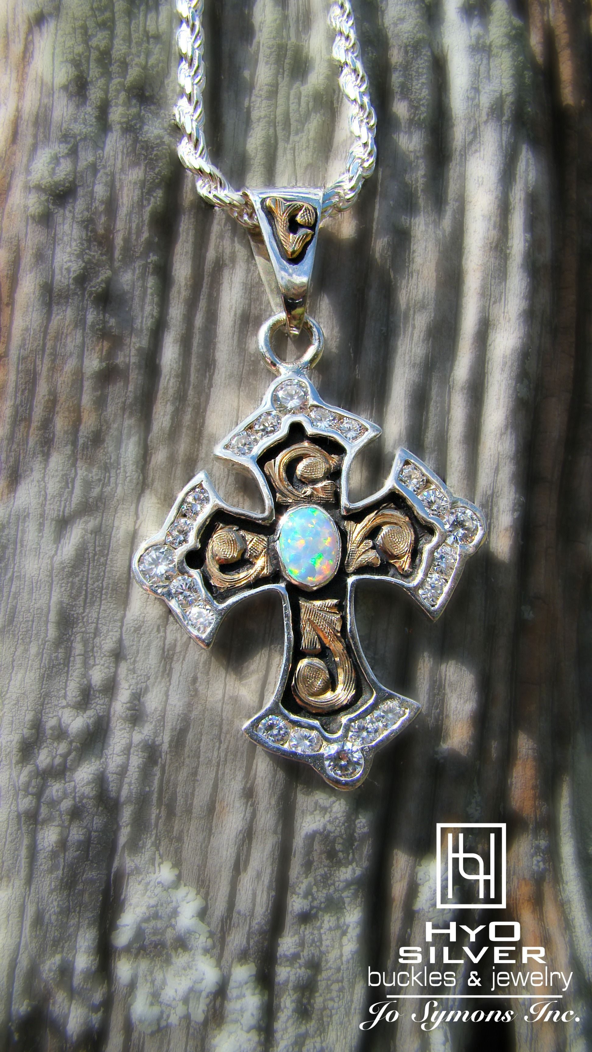 14K White Gold Budded Cross Pendant Jewels Obsession Budded Cross Charm Pendant 24 mm