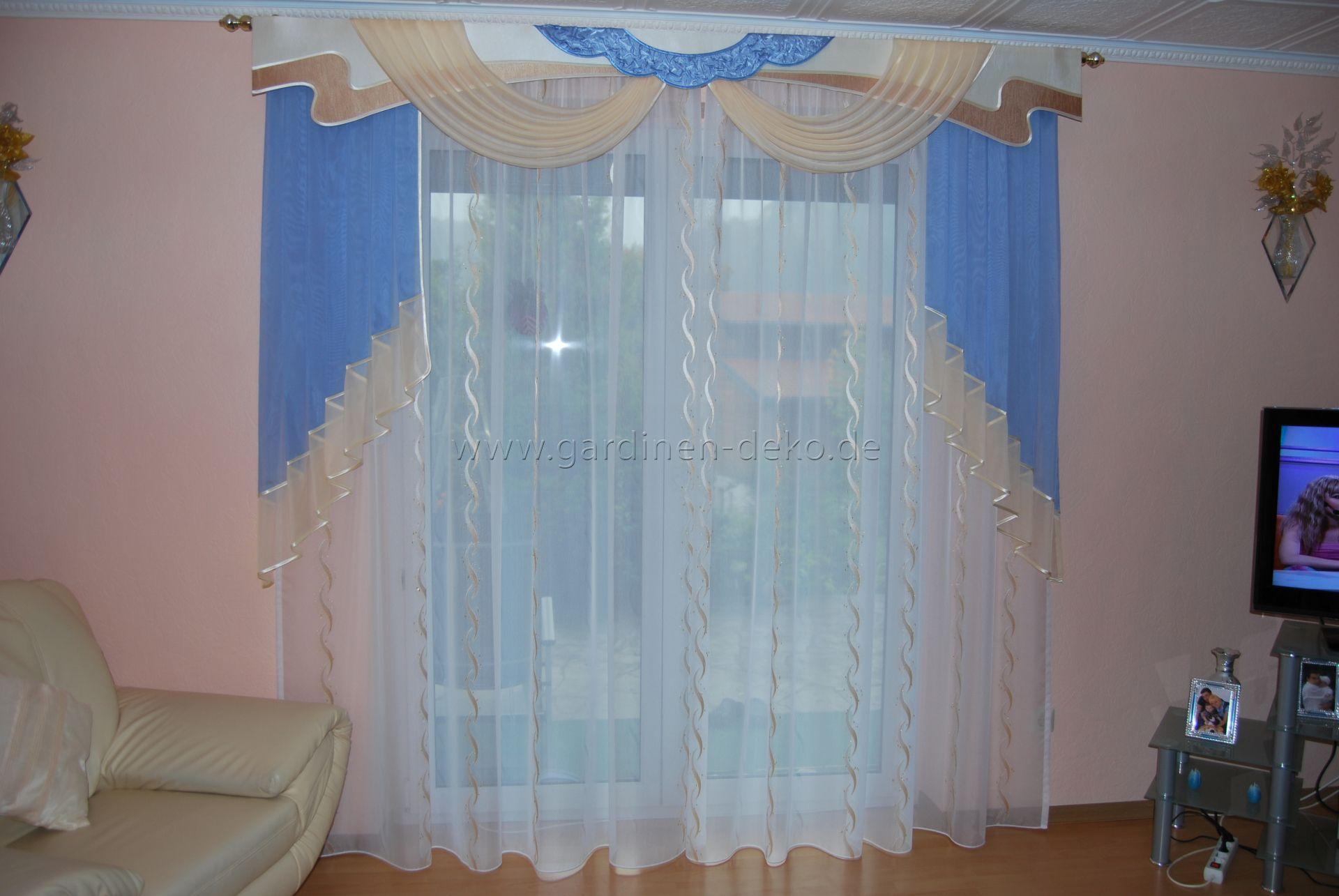 klassischer wohnzimmer vorhang in sch246ner beigeblauer