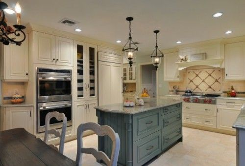 Traditional Kitchen By Kitchen Designs By Ken Kelly Inc Ckd