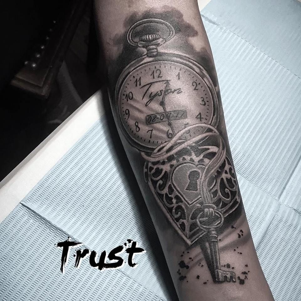 Locket tattoo key pocketwatch watch blackandgrey