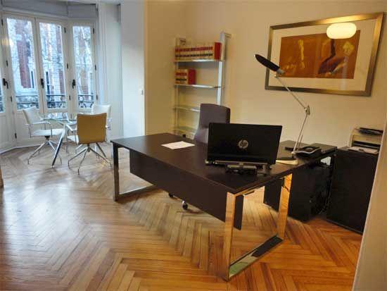 Decoracion de despachos free decorar mi oficina disear mi for Decoracion despacho abogados moderno