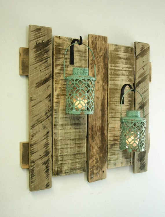 Pallet Wall Decor With Antique Turquoise