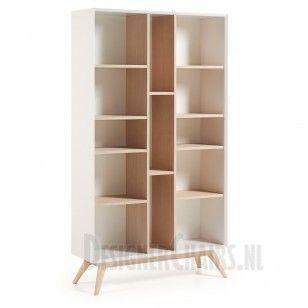 LAFORMA-KAVE QUATRE Wow deze is strak en stoer! De Quatre houten boekenkast zonder deuren, ideaal voor boeken of kleine accessoires! De kast is volledig van hout (fineer essenhout) gemaakt. De witte delen zijn mat! De boekenkast is afgewerkt met essenhouten poten.
