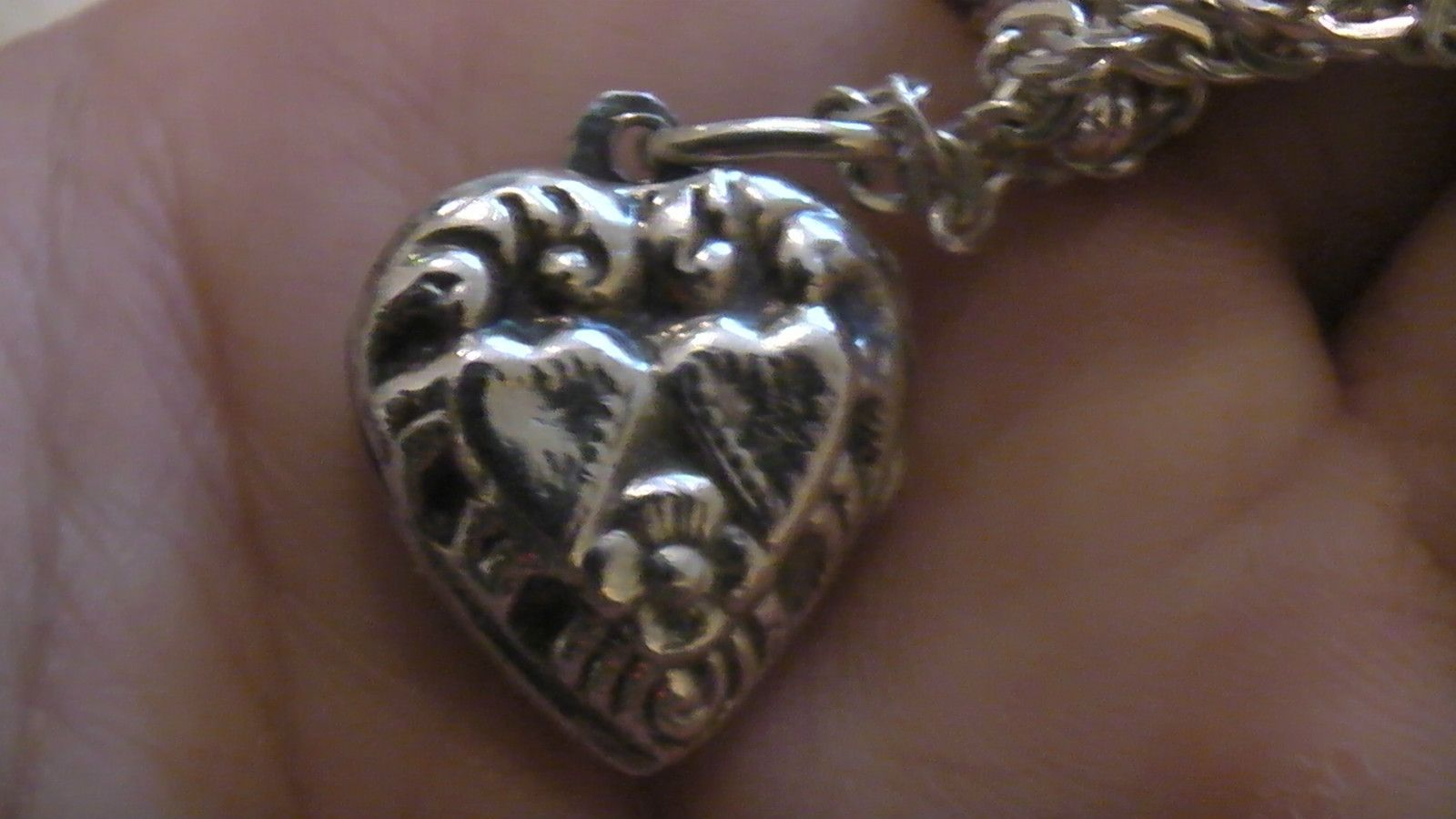 Sterling Silver 925 Locket Engrave Vitctoria Hearts Flower Pendant Necklace Cute | eBay