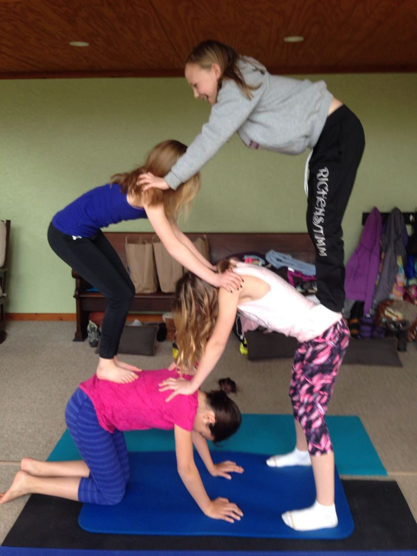 43 person acro yoga  Yoga poses, Cool yoga poses, Gymnastics poses
