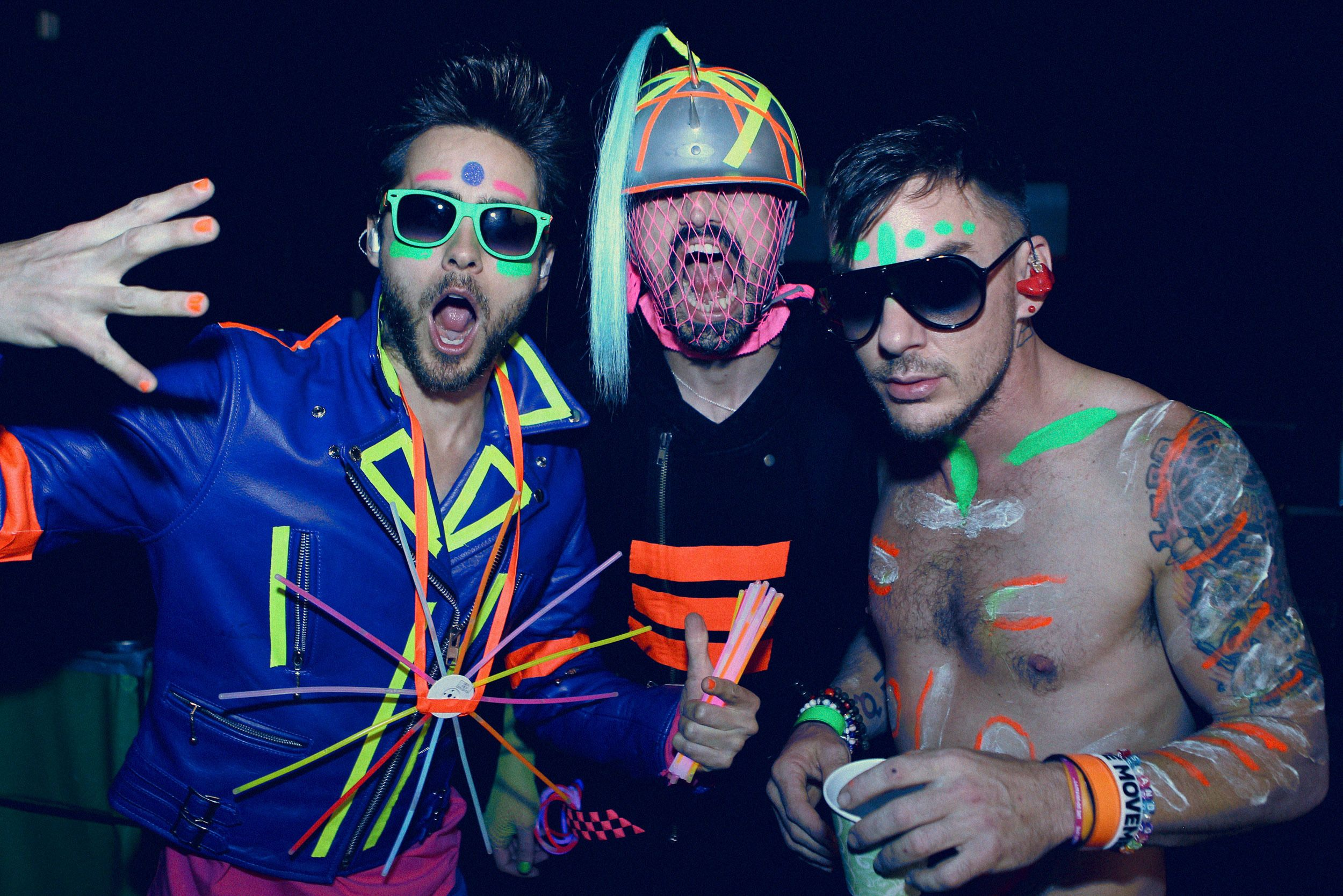THIRTY SECONDS TO MARS yay!!! neon, glow in the dark, party, thing...