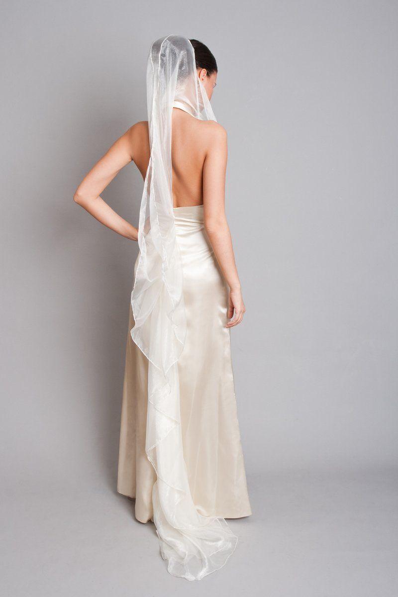 uszályos szatén esküvői ruha  def40a8598