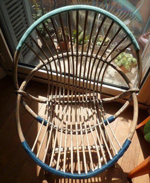 Un fauteuil recouvert de fil de coton