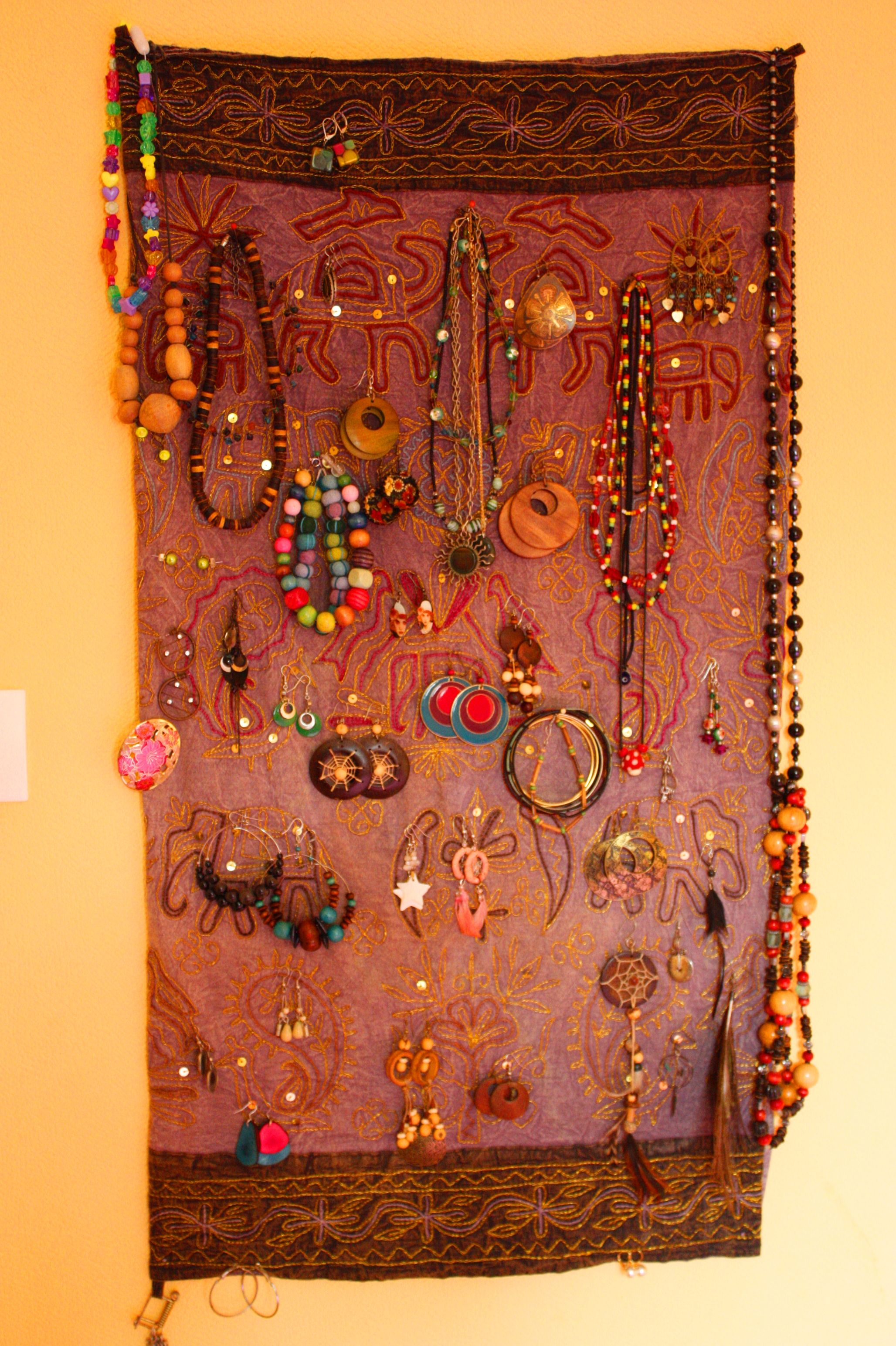 Porte-bijoux mural : simple, mais effet garanti !