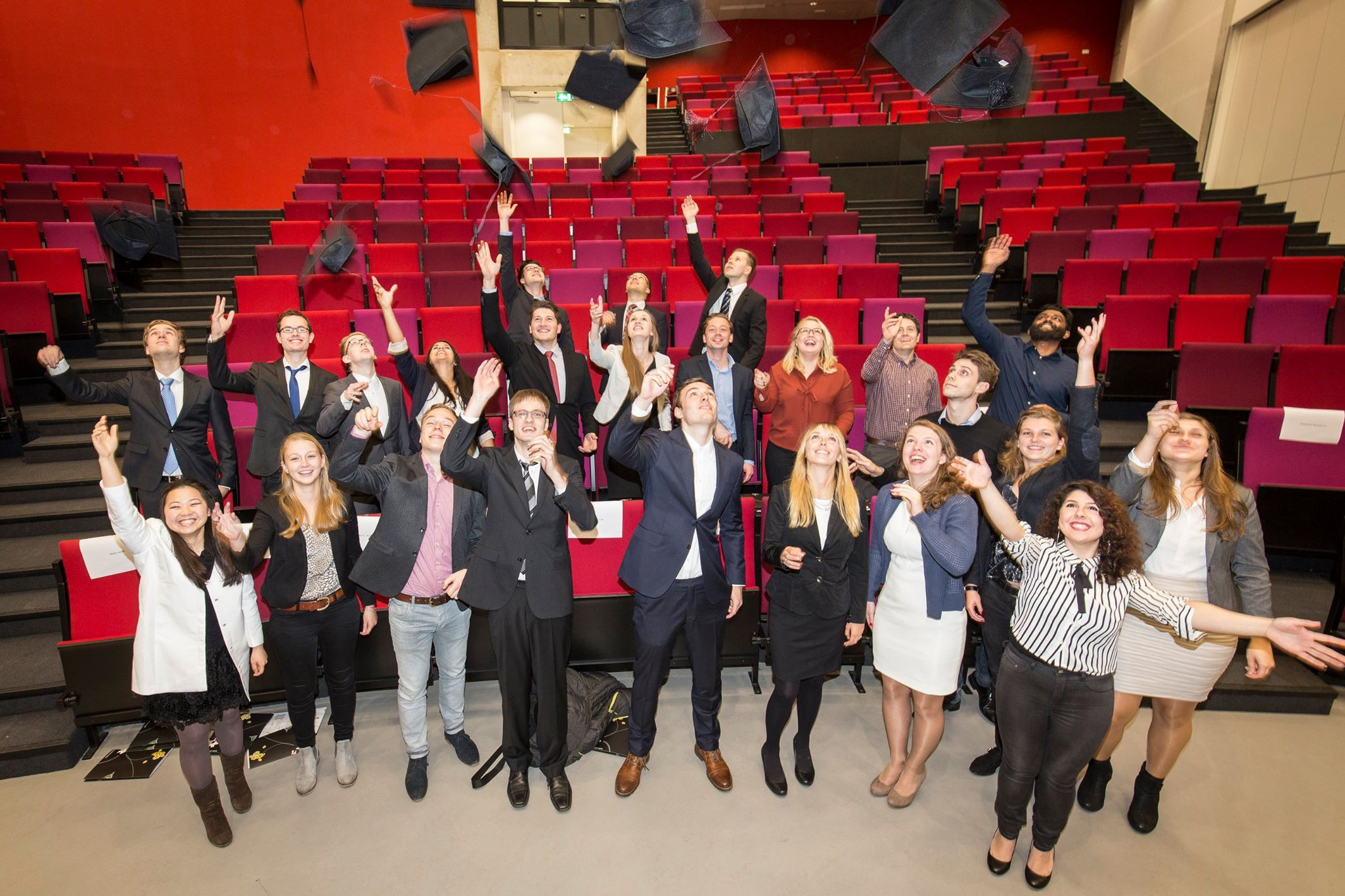 Congratulations to the new graduates from the International Business Administration (IBA) BSc Programme - a warm welcome to the UT alumni network!