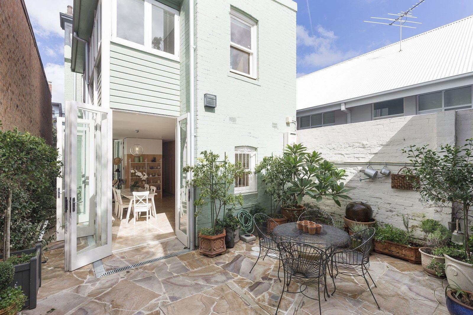 6 bedroom house for sale at 258 Wilson Street, Darlington