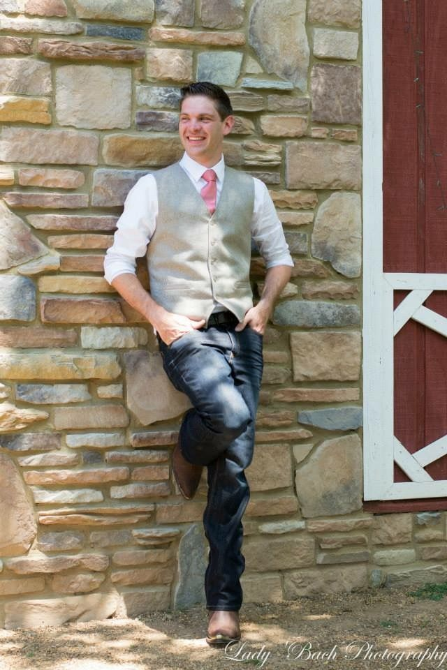 Grooms attire for rustic barn wedding. Simple and