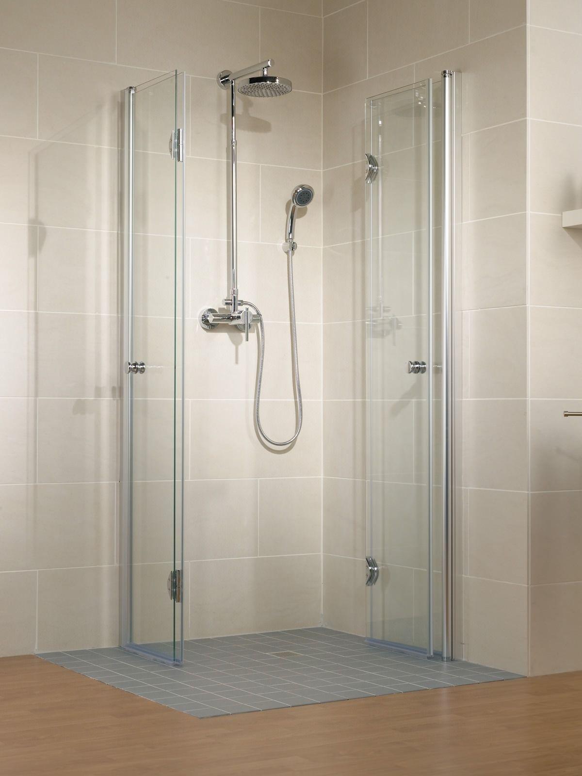 Schulte Garant Eckeinstieg Mit Drehfaltturen Echtglas Sondermass In 2020 Badezimmer Klein Badezimmer Planen Falttur Dusche