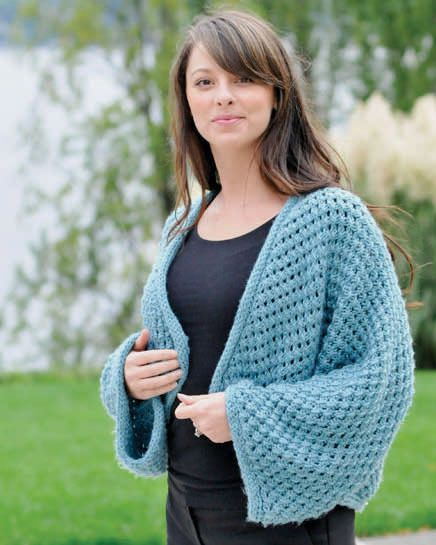 f4efe455bc84a Cropped Kimono knitting pattern in Cascade 128 Superwash - Download for FREE  on LoveKnitting