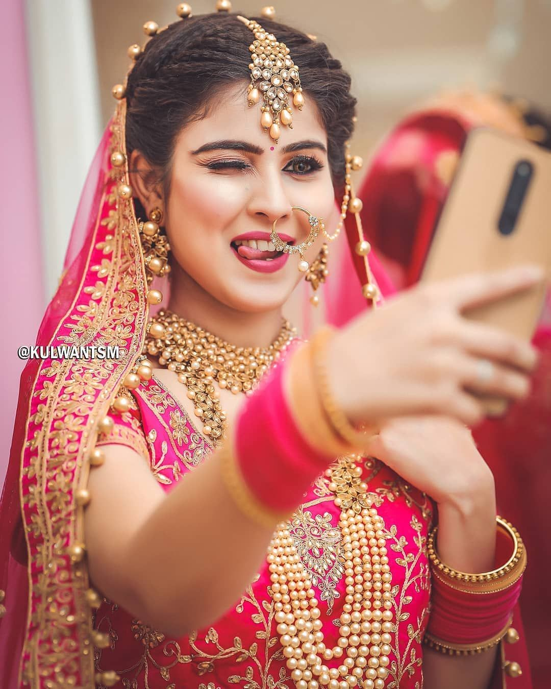 Taking A Selfie Before Taking 7 Vows Indian Wedding Photography Poses Wedding Couples Photography Bridal Photography Poses