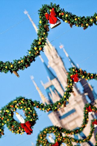 disney christmas wallpaper www wallpaper iphone disney photo wallpaper hd wallpaper