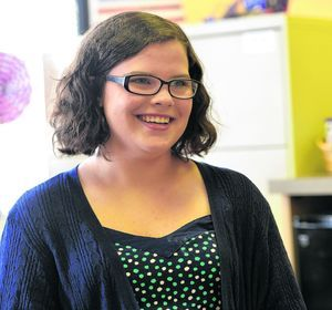 High School student won't let medical condition kill her dreams @Marsh_Blood @wellmonthealth http://ow.ly/Pl4VG