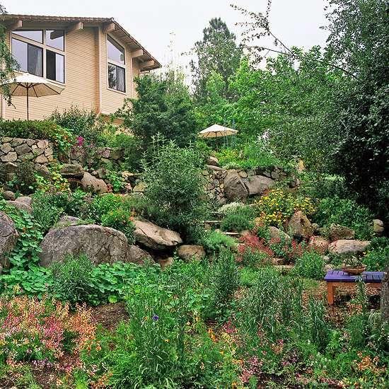 Garten Hang felsbroken formlos natürliches aussehen Garten - garten am hang anlegen