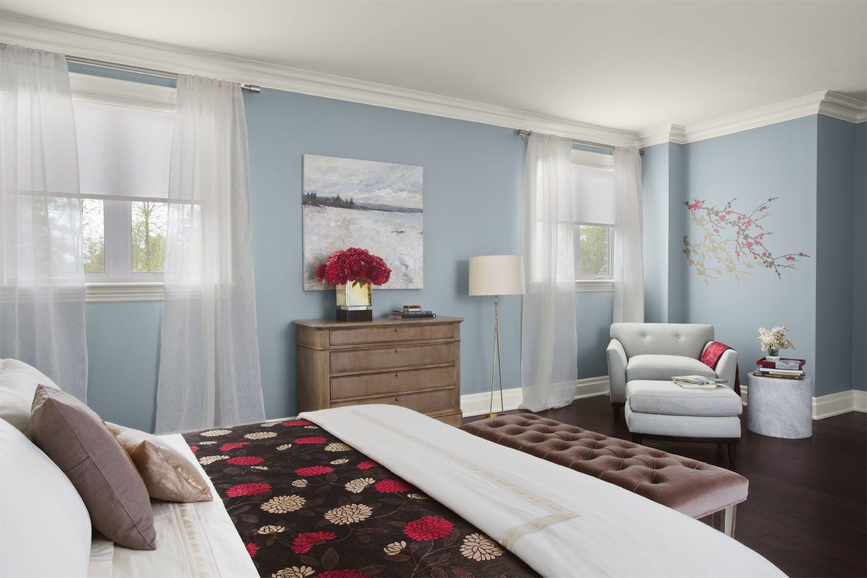 Habitacion Con Color Frio En Las Paredes