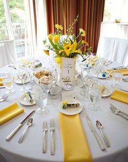 WeddingChannel Galleries Yellow and White Table Setting