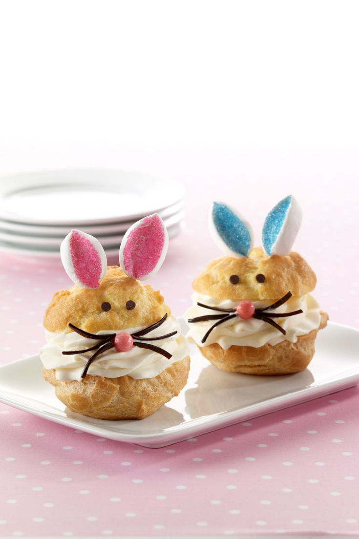 Prepare for spring with this adorable recipe that sandwiches rich whipped cream between two buttery cream puffs.