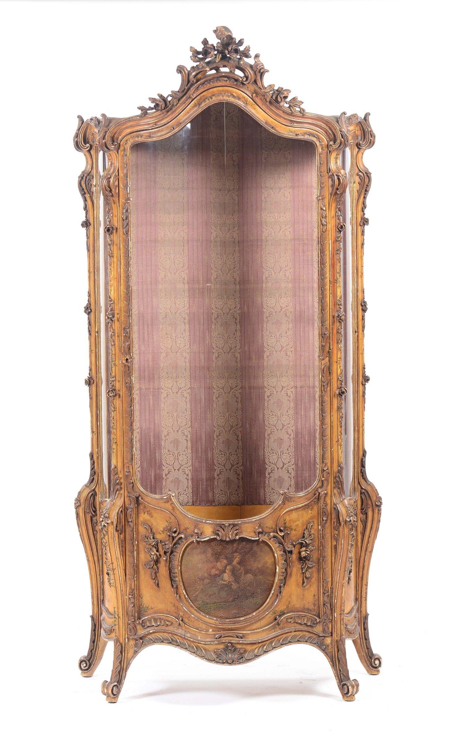 Vetrina in legno laccato e dorato in stile Luigi XV, XIX-XX secolo ...