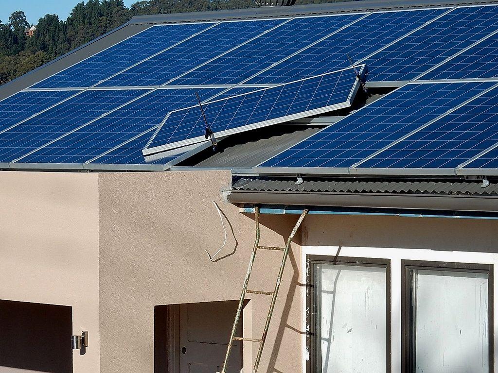 Gundam 00 Solar Energy Making A Choice To Go Environmentally Friendly By Converting To Solar P Advantages Of Solar Energy Green Energy Solar Solar Technology