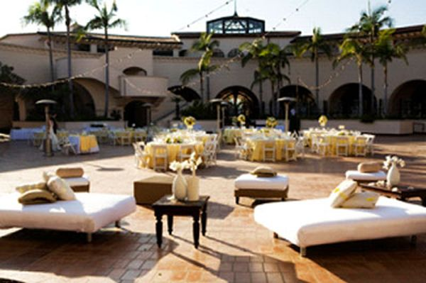 The Fess Parker Resort Santa Barbara   Plaza Del Sol   Lounge Furniture.  Yellow And
