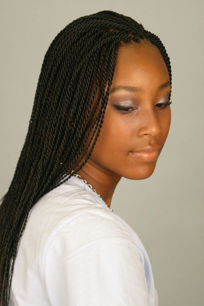 1001 Idees Comment Faire Une Tresse Africaine Tuto Et Modeles Tresses Africaines Faire Une Tresse Africaine Tresses Afro