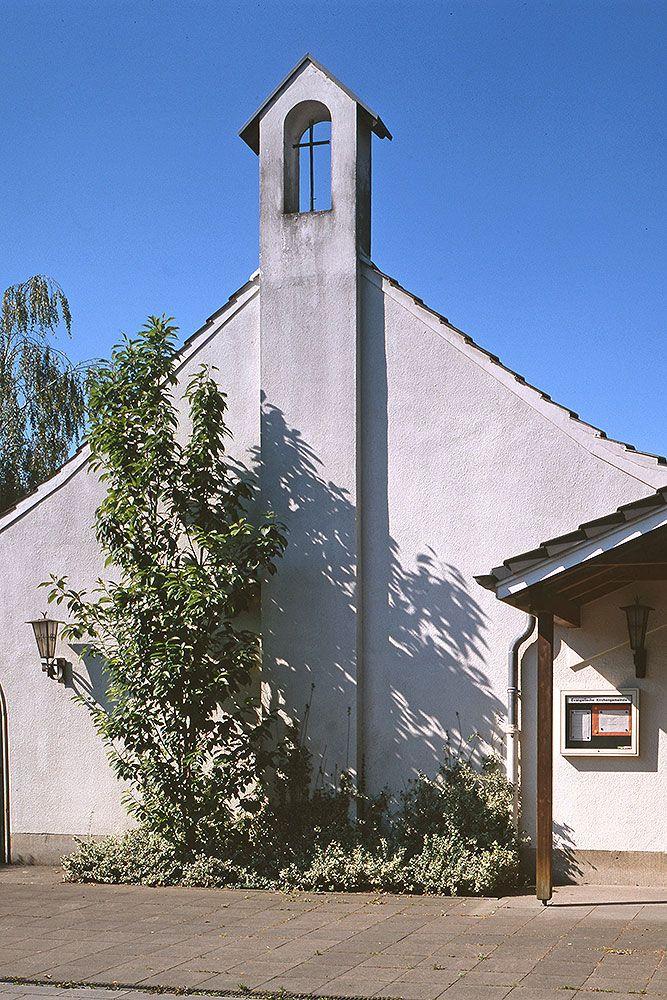 Evangelische Kapelle Poll, Foto: Celia Körber-Leupold