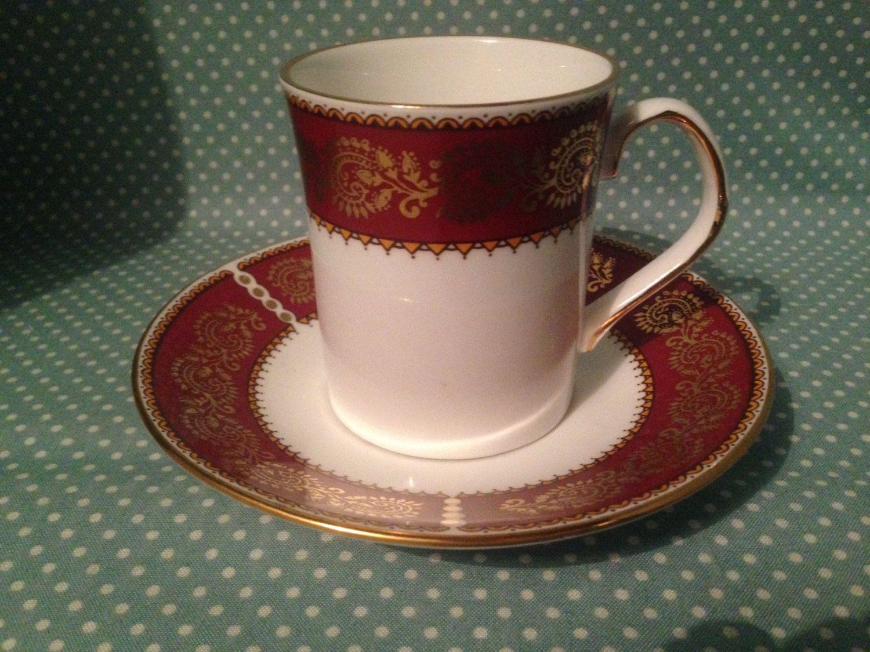 Vintage British Elizabethan Fine Bone China Burgundy design coffee ...