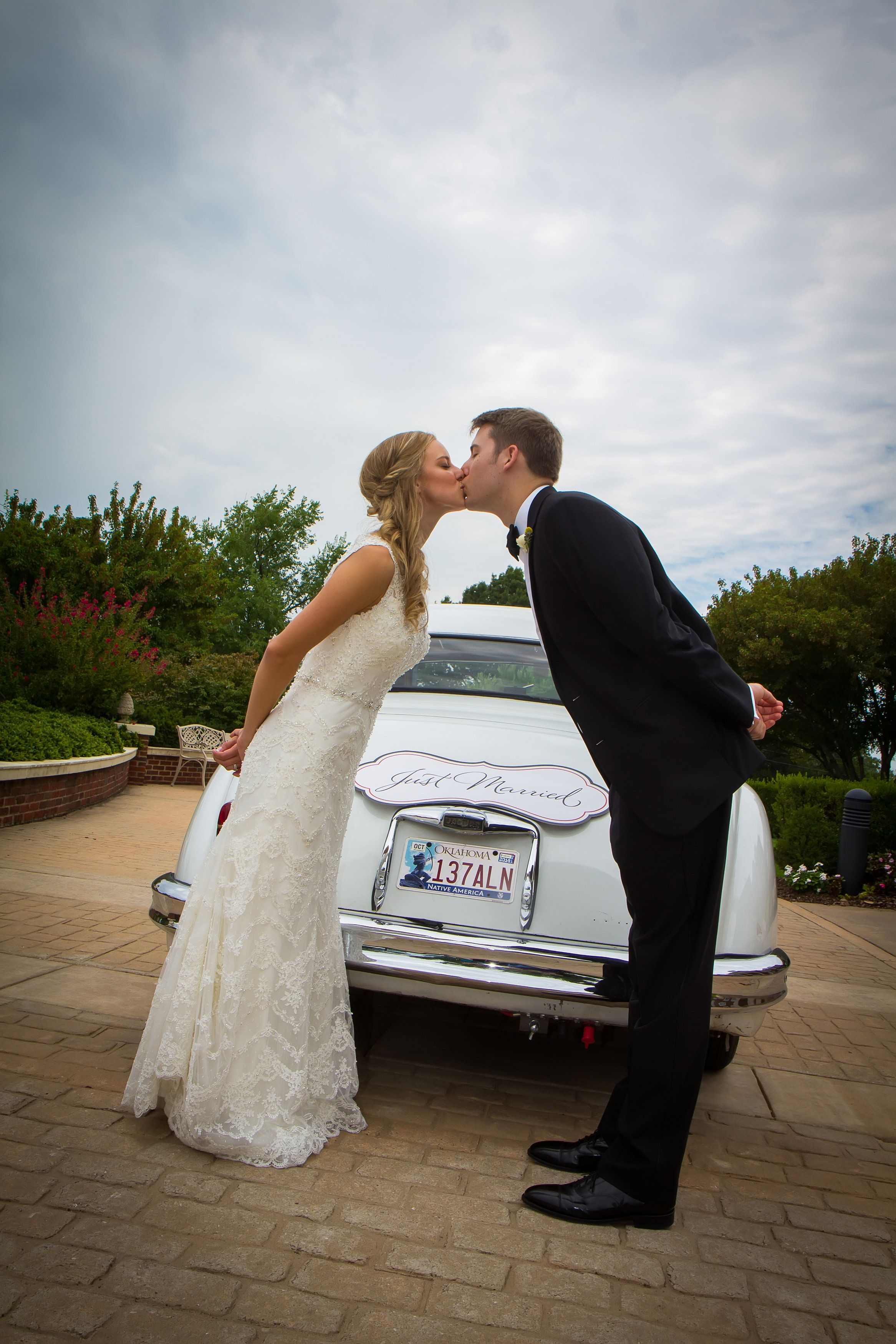 Just Married / Oklahoma Wedding / Laske Images / The Dominion House