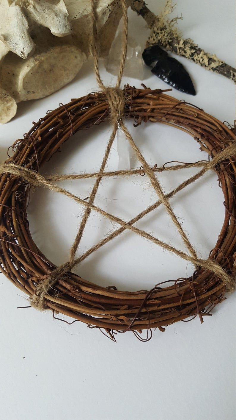 Pentagram wreath protection home- Talisman, Rustic, Pagan, Decoration, wall hanging, witch, witchy, Salem, Equinoxart