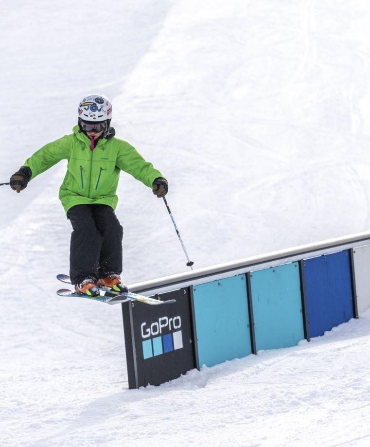 Northstar Teams skier ...