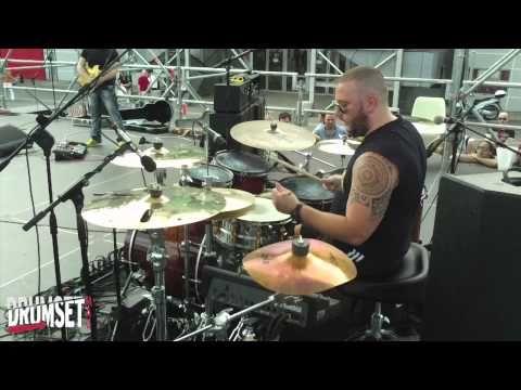 ▶ Mariano Barba, Drum Solo MIS 2013 - YouTube